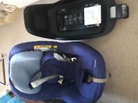 Maxi cosi 2 way pearl car seat and 2 way fix isofix base