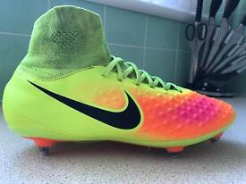 Magista Nike boots size 7
