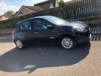 Renault Clio 61 plate