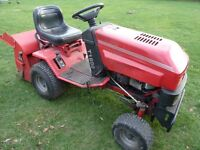 Westwood T1800 Ride on Lawn Mower. (Spares or Repair) Engine Runs and Drive, Sweeper Drive is broken