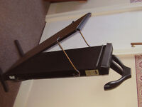 Trouser Press. Hanger for jacket on the back . Timer. Good condition.