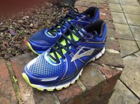 Brooks Running Shoe -Size 8 -REDUCED
