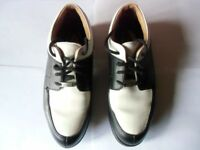 Ladies Cotswold Size 5 Black & White Leather Golf Shoes. Very good condition with soft spikes