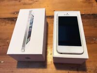 iPhone 5 White & Silver 16gb Unlocked, Boxed & Cables included - Optional Case available