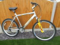 "RALEIGH Max Mountain Bike, 19"".1/2 Frame, 21 speed, Front Suspension, ENGLAND, in V.G.C"
