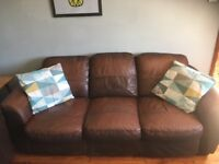 Brown leather 3,2,1 suite