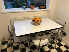 TEVO vintage kitchen dining table & 4 chairs