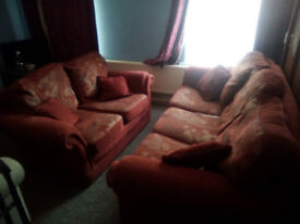 Matching 2 and 3 seat sofas. Free if you can collect them!