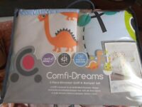 Dinosaur comfi-dreams Quilt & Bumper set
