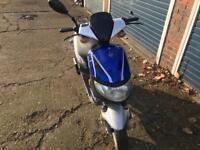 50cc moped scooter yamaha gilera peugeot