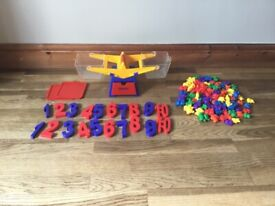 Toy weighing scales and maths set