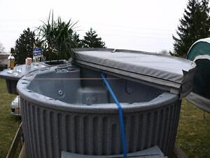 """HOT TUB RENTALS!!""  $250 A WEEK OR $475 A MONTH Sarnia Sarnia Area image 4"