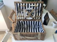 Wicker Basket Picnic Set with Original Cutlery and Crockery