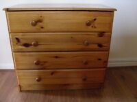 Pine Chest Of Drawers (4 Drawers)