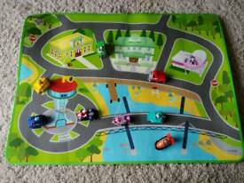 Paw Patrol play mat with characters