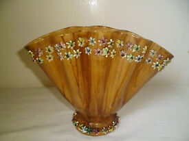 SHELL SHAPED VASE WITH STARFISH PATTERN