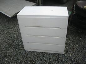 VINTAGE WHITE PAINTED 4 DRAWER CHEST OF DRAWERS. INSET SHAPED HANDLES. VIEWING/DELIVERY AVAILABLE
