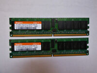 2 x Hynix HYMP564R728-E3 AA-A 512MB PC2-3200R 400MHz 1RX8 SDRAM
