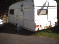 1990 2 birth Van Royce Caravan