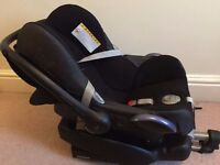 Maxi Cosi Pebble and Isofix base and accessories