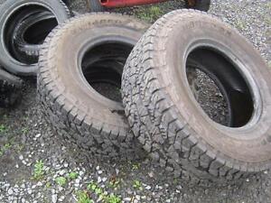 Plusieurs pneus 315/70r17