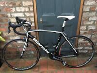 Road Bike full Carbon Bianchi c2c infinito