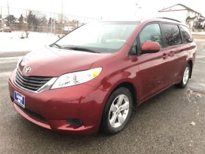 2013 Toyota Sienna LE Mobility|Back Up Camera|7 Passengers|Bluet