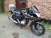 2010 Honda CBF 125 motorcycle, new 1 year MOT, learner legal, very good runner, service history,,,