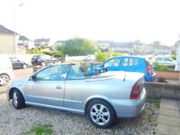 Vauxhall Astra Convertable, silver/ black, brand new MOT, 4 new tyres.