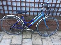 "Ladies 18"" classic hybrid bike bicycle. Inc FREE lights & delivery"
