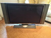 Hitachi 42inch Plasma TV with speakers