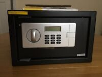 Electronic combination digital lock safe