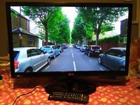 """Excellent 24"""" LG LED SMART TV full hd ready 1080p, freeview"""