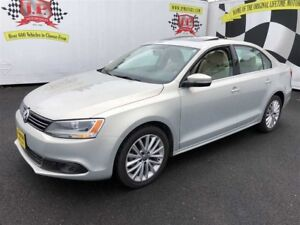 2011 Volkswagen Jetta Highline, Auto, Navigation, Sunroof, Diese