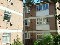 Maidstone off Tonbridge Road Modern second Floor flat in convenient position, 2 Bedrooms