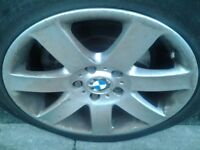 BMW alloy wheels with tyres 235/45/17