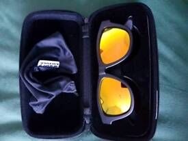 Zungle sun glasses