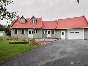 325 000$ - Maison à un étage et demi à vendre à St-Pie