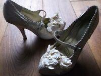 irregular choice shoes size 4 eu 37 cream & gold £10.00