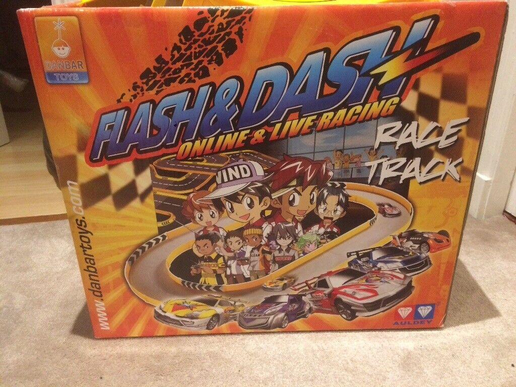 Flash & Dash racing car track