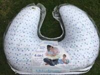 WIDGEY breastfeeding Nursing Pillow Cushion Baby Newborns blue