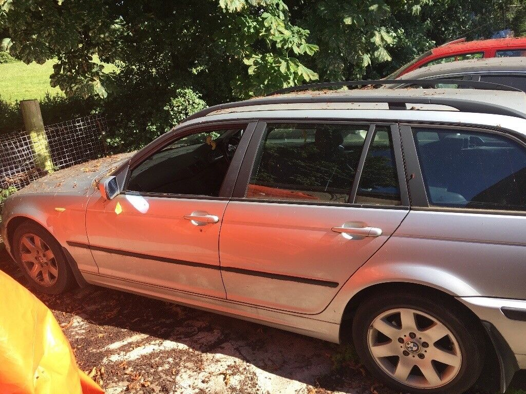Breaking for parts bmw 318i estate e46