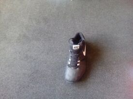 Mens basketball trainers size 9