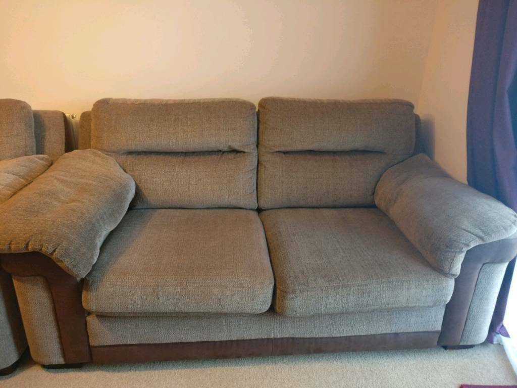 Double sofa and 2 armchairs set