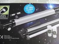 REFRACTOR TELESCOPE with ADJUSTABLE TRIPOD (Brand New & Boxed)