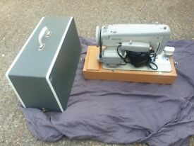 Vintage Merritt Semi Industrial Sewing Machine Inc Foot Pedal & Hard Travel Case
