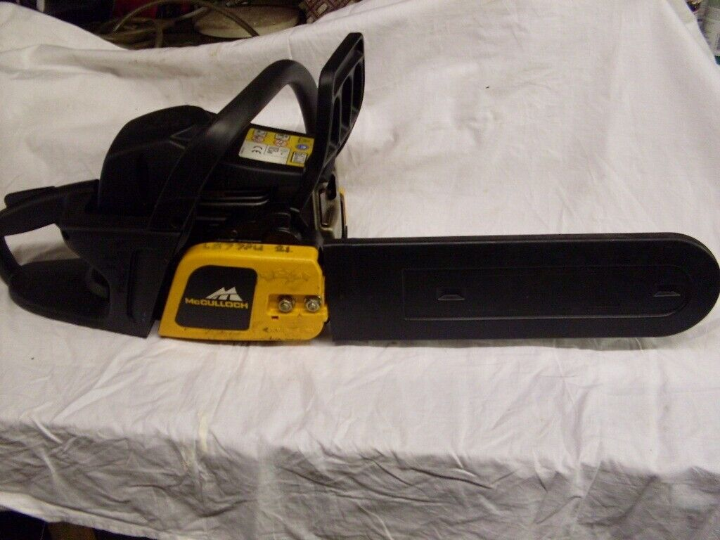 Mcculloch chainsaw had light use only excellent condition    in Leicester,  Leicestershire   Gumtree