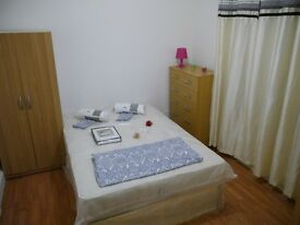 ~~~Amazing double room available now at the incredible price of 135pw for single use!!!~~~