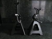CASED SGS car Low Profile Unused 2Tonne Trolley jack and Ratchet Axle stands