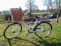 """Ladies Pashley Sonnet Bliss. 20"""". 2 years old."""